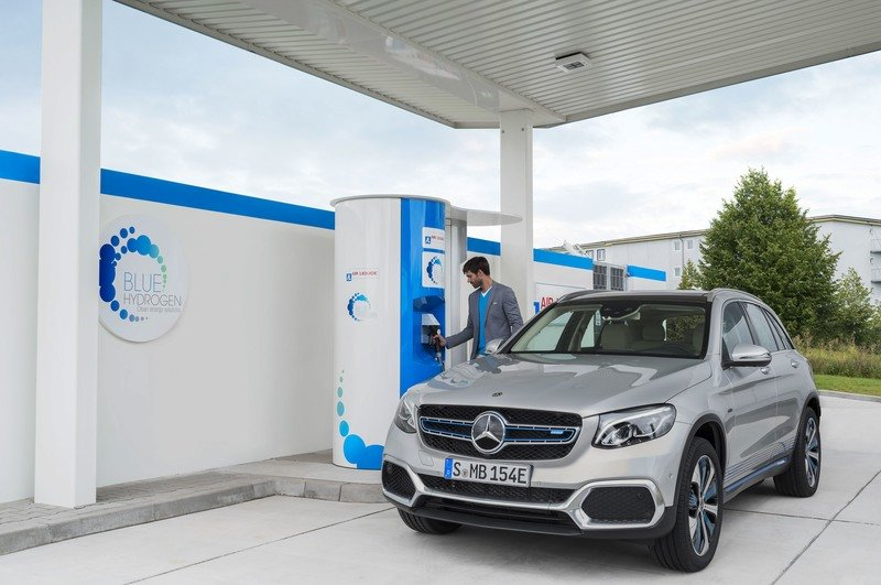 Mercedes Launches First Production Hydrogen Hybrid With GLC F-Cell