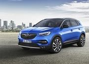 Opel Announces First Hybrid Vehicle at Frankfurt Auto Show - image 730835