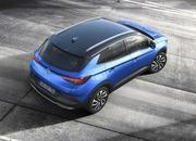 Opel Announces First Hybrid Vehicle at Frankfurt Auto Show - image 730837