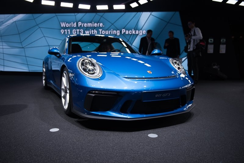 2018 Porsche 911 GT3 with Touring Package High Resolution AutoShow Exterior - image 731685