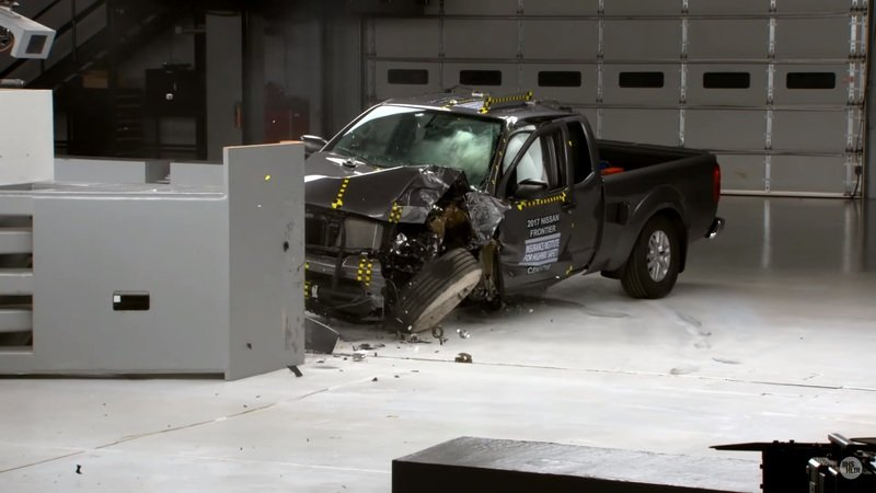 Small Pickups Fall Short of IIHS' Top Safety Pick Awards