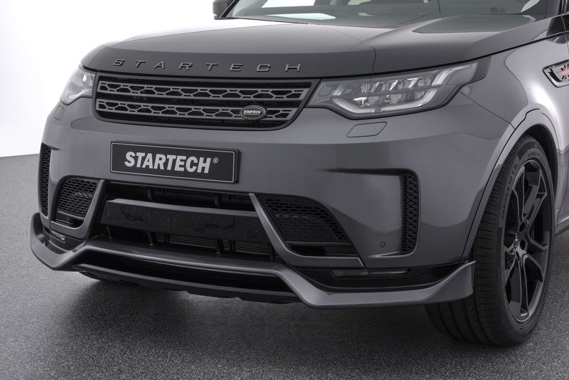 2017 Land Rover Discovery by Startech