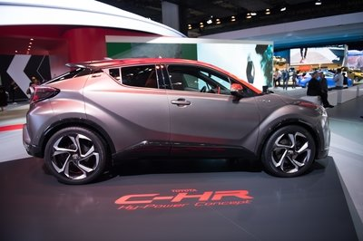 2017 Toyota C-HR Hy-Power Concept - image 731991