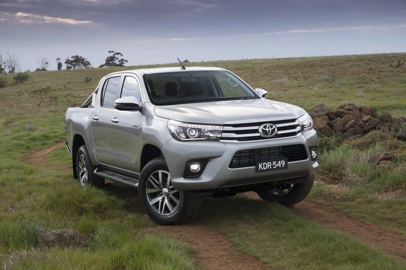 2018 Toyota Hilux - image 732878