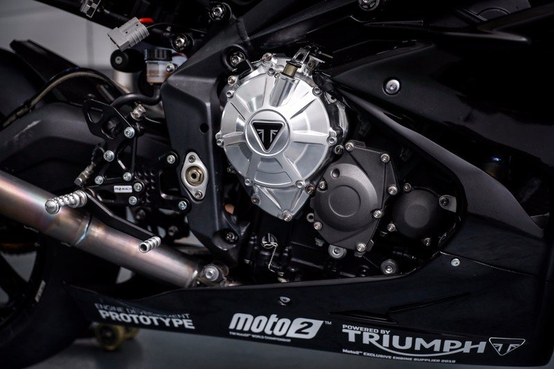 Triumph is blazing guns to get ready for the 2019 Moto2 World Championship. Exterior - image 731817