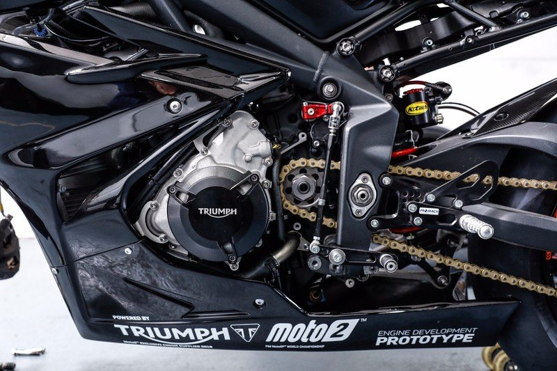 Triumph is blazing guns to get ready for the 2019 Moto2 World Championship. Exterior - image 731816