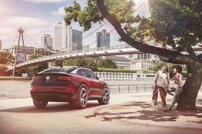 Volkswagen Tries to Impress with the CROZZ II – Because One Ugly SUV Wasn't Enough - image 730434