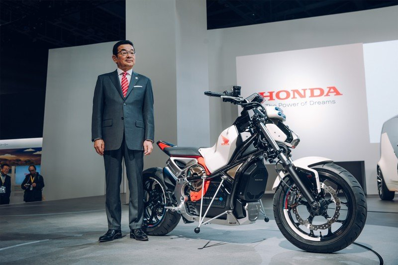 Honda puts its Elecrtic future on stands at the Tokyo Motor show.