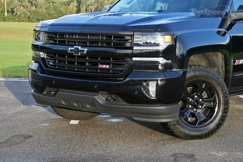 2017 Chevrolet Silverado 1500 Z71 Midnight Edition – Driven