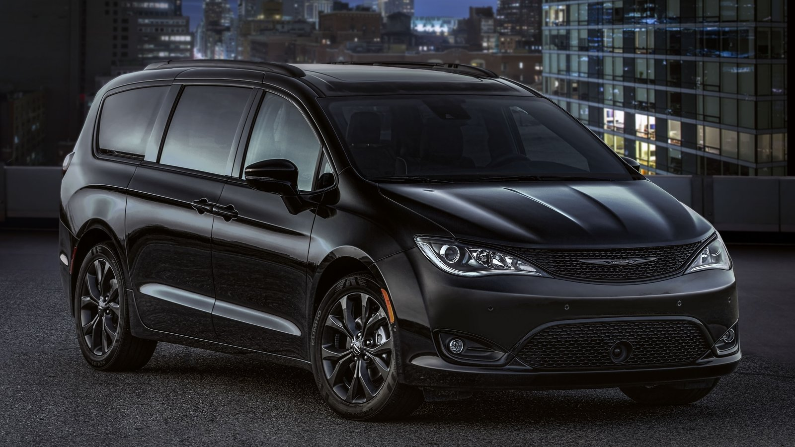 2018 chrysler pacifica s appearance package pictures. Black Bedroom Furniture Sets. Home Design Ideas