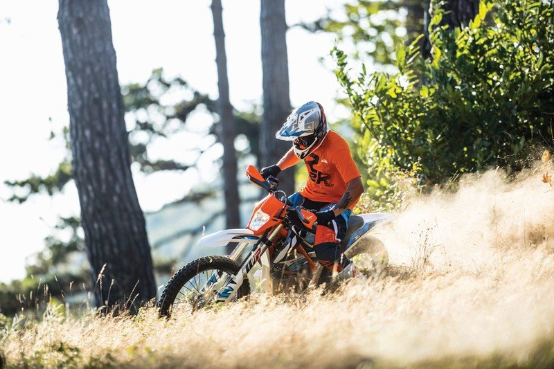 KTM unwraps the 2018 Freeride E-XC Enduro.