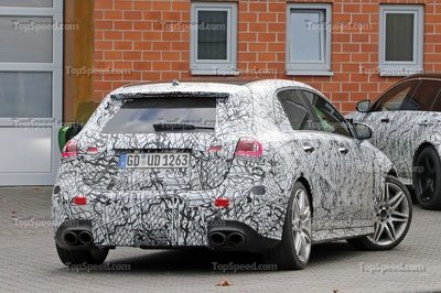 2018 Mercedes-AMG A40 - image 740098