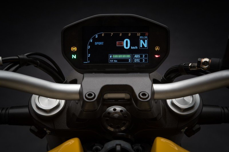 Images: Ducati Monster 821 - in the details. Exterior High Resolution - image 738993