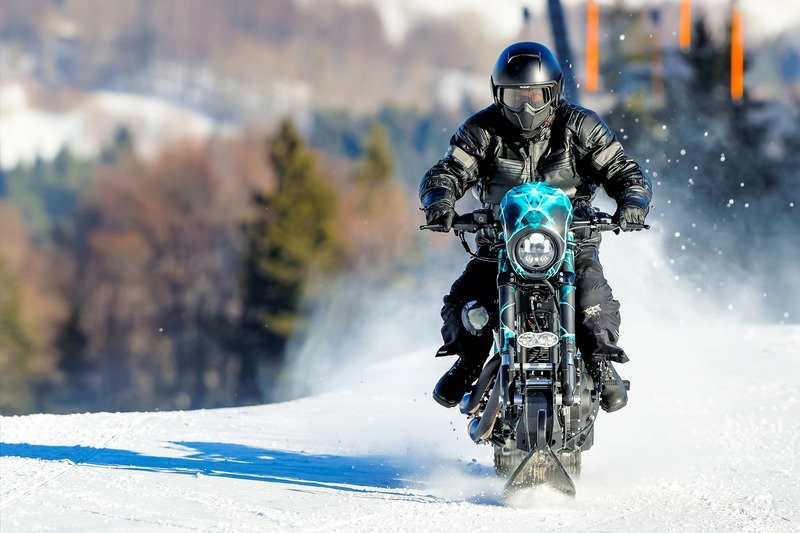 Meet the Harley Davidson Roadster Snow Drag. Exterior High Resolution Wallpaper quality - image 736597