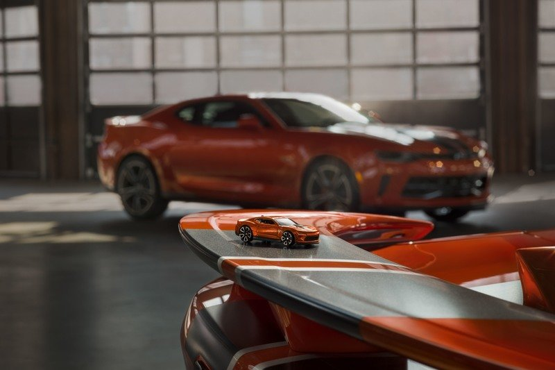2018 Chevrolet Camaro Hot Wheels 50th Anniversary Edition