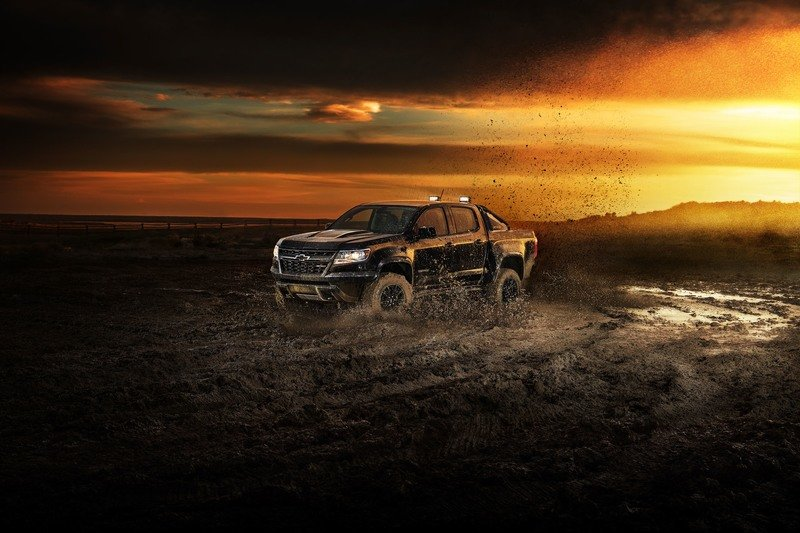 2018 Chevrolet Colorado ZR2 Midnight Edition and Dusk Edition