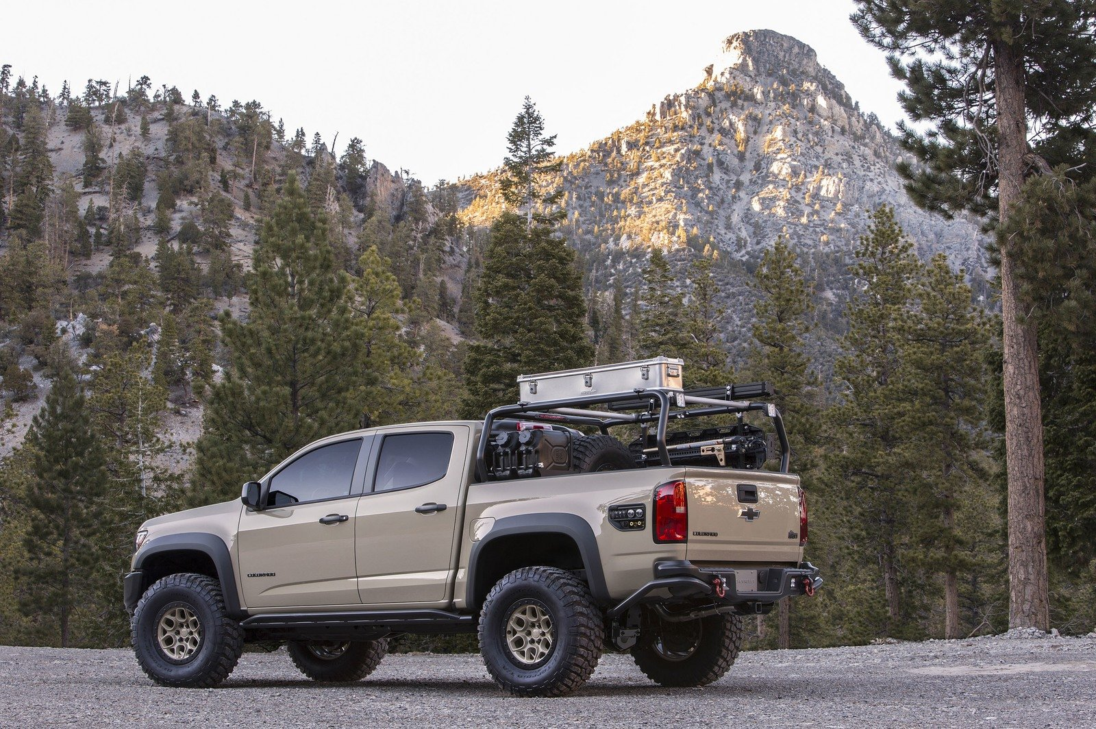 2017 chevrolet colorado zr2 aev concept review top speed. Black Bedroom Furniture Sets. Home Design Ideas