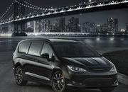 2018 Chrysler Pacifica S Appearance Package - image 737867