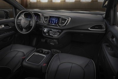 2018 Chrysler Pacifica S Appearance Package - image 737870
