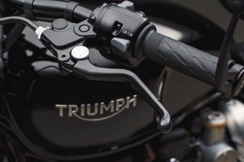 Images: The Triumph Bonneville Bobber Black - in the details and accessories.