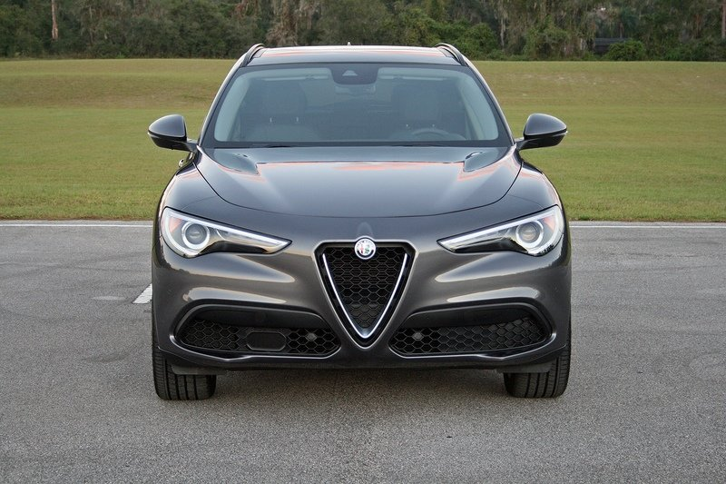 Four things I Hate About the 2018 Alfa Romeo Stelvio Exterior - image 741592