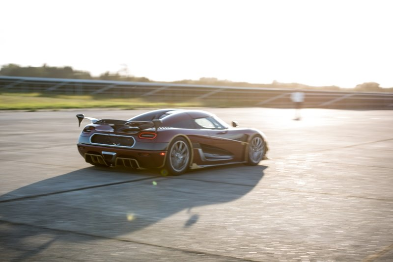 Koenigsegg's Just Proved How Important Having The Fastest Car in the World Is To Brands Exterior Wallpaper quality - image 736453