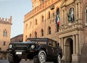 Is Lamborghini Planning To Resuscitate The Iconic 1986 LM002? - image 737277