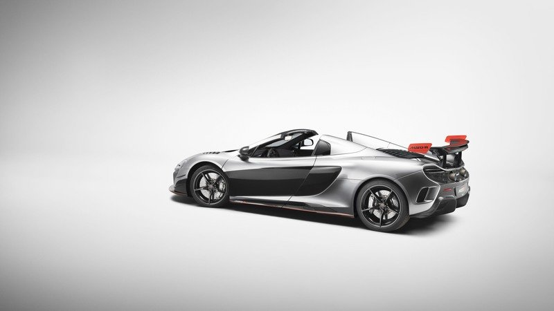 2017 McLaren MSO R Coupe and Spider