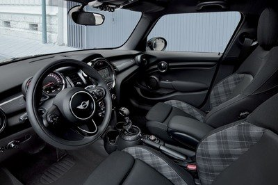 2017 Mini Cooper Blackfriars Edition - image 737842