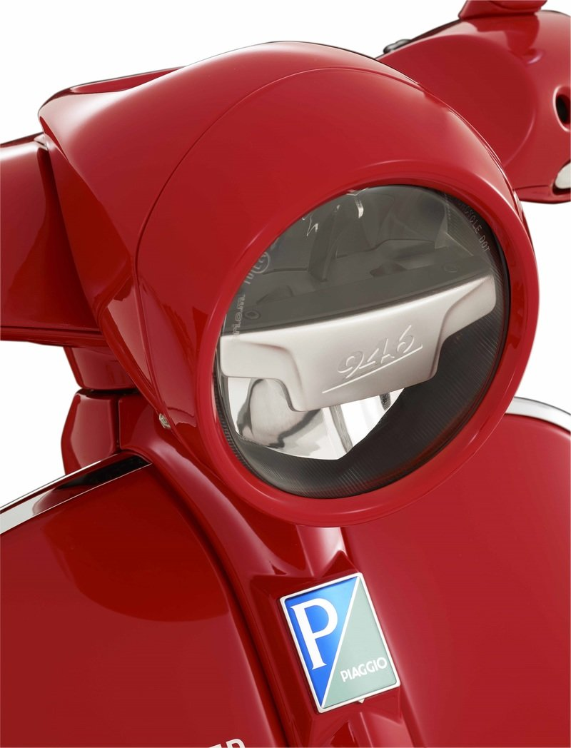 2016 - 2018 (Vespa 946) RED Exterior High Resolution - image 737066