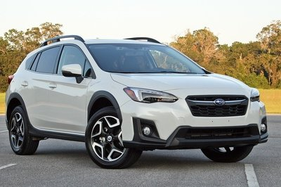 The 2018 Subaru Crosstrek is Insanely Practical But Kinda Dull to Drive - image 735631