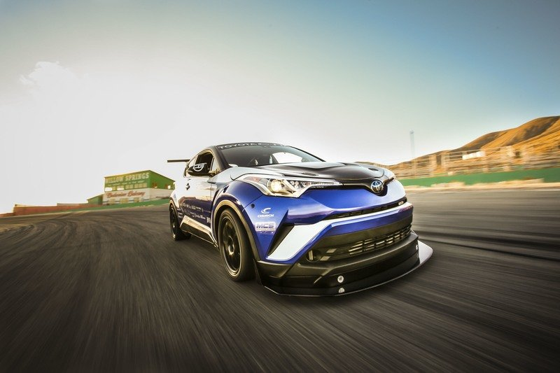 2017 Toyota C-HR R-Tuned Exterior Wallpaper quality - image 741806