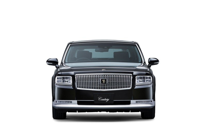 Crown Prince Naruhito is Ascending to the Japanese Throne, But His Prized Display Vehicle Won't Be a Rolls-Royce Exterior - image 736633