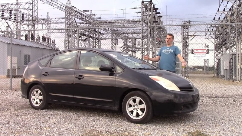 What Happens When A Toyota Prius Has A Dead Battery?