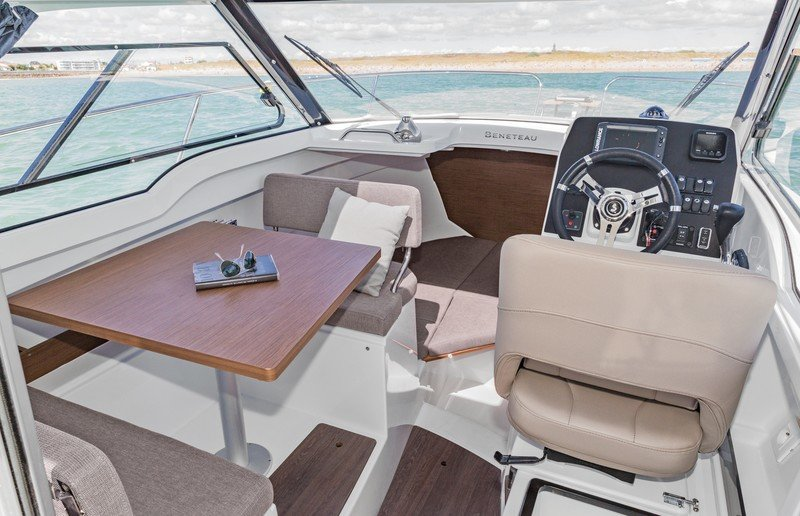 2017 Beneteau Antares 7 OB Interior High Resolution - image 745764