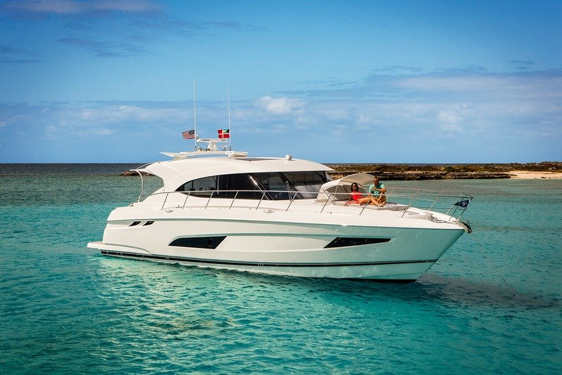 2017 Riviera 5400 Sport Yacht Exterior High Resolution Wallpaper quality - image 747630