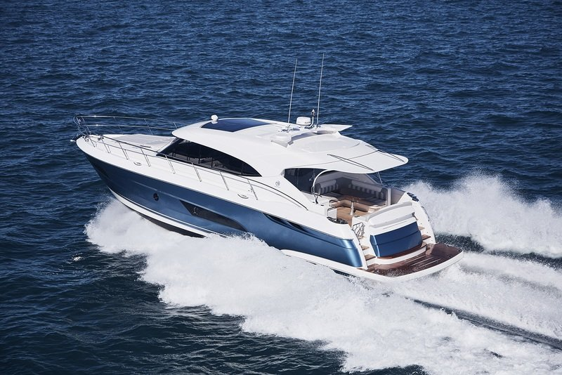 2017 Riviera 5400 Sport Yacht Exterior High Resolution - image 747625