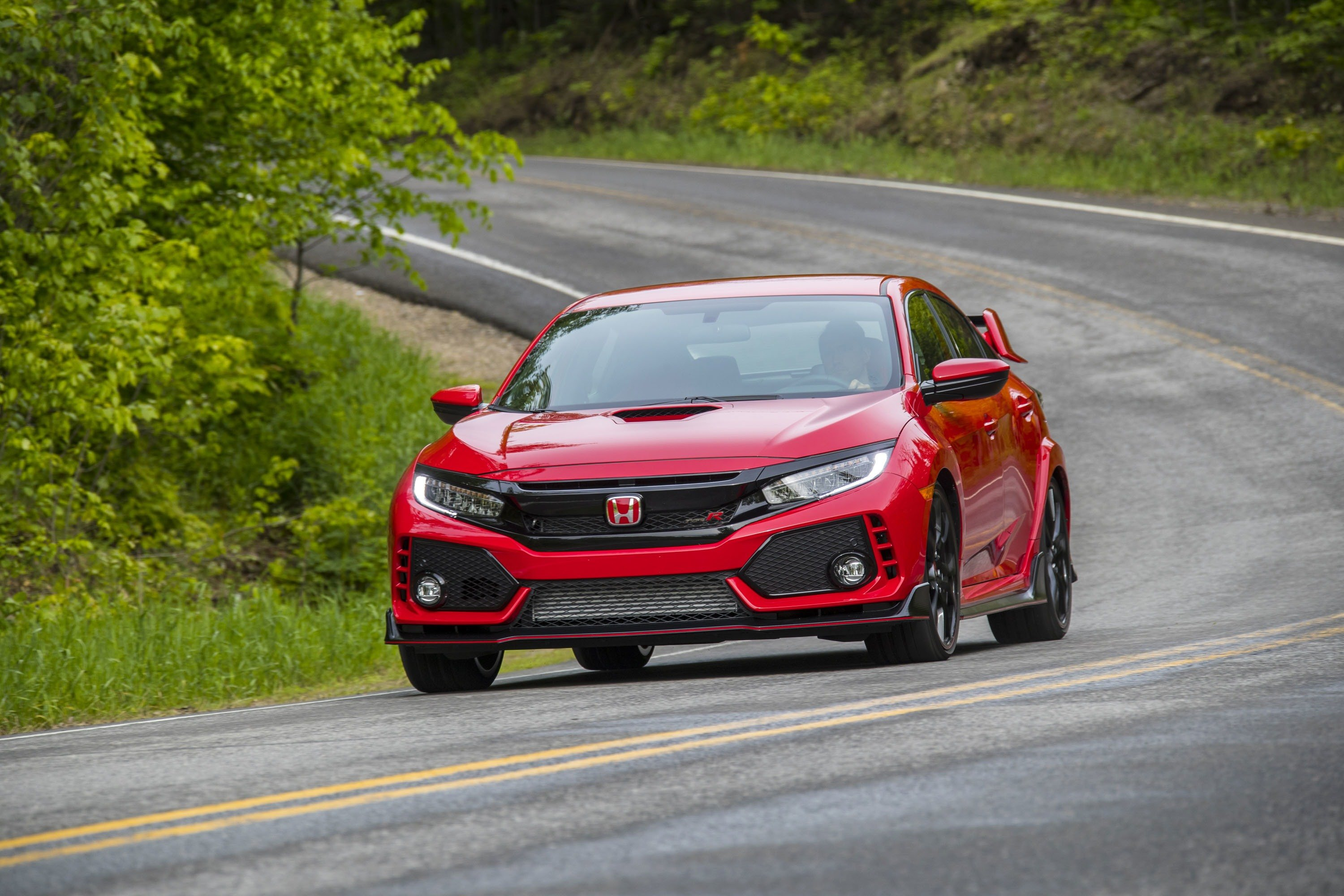 2018 Honda Civic Hits Dealers in Full Force