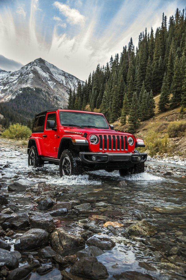 2018 Jeep Wrangler Sheds Some Weight; Gains Capability ...