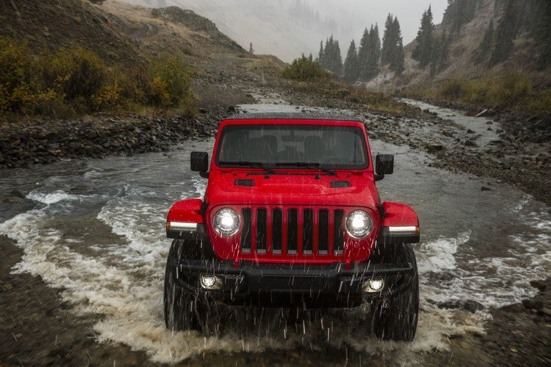 2018 Jeep Wrangler Sheds Some Weight; Gains Capability Exterior Wallpaper quality - image 748432