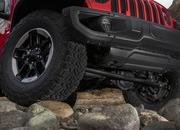 2018 Jeep Wrangler Sheds Some Weight; Gains Capability - image 748472