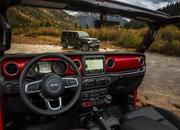 Jeep Drops Official Images of 2018 Wrangler Interior - image 743497