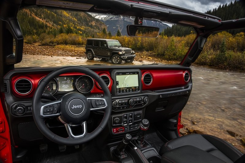 Jeep Drops Official Images of 2018 Wrangler Interior Interior - image 743497