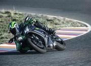 Kawasaki adds electronic suspension to its new member of the ZX-10R class - image 743902
