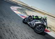 Kawasaki adds electronic suspension to its new member of the ZX-10R class - image 743887