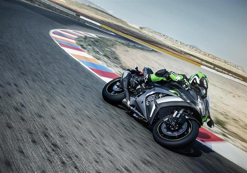 Kawasaki adds electronic suspension to its new member of the ZX-10R class