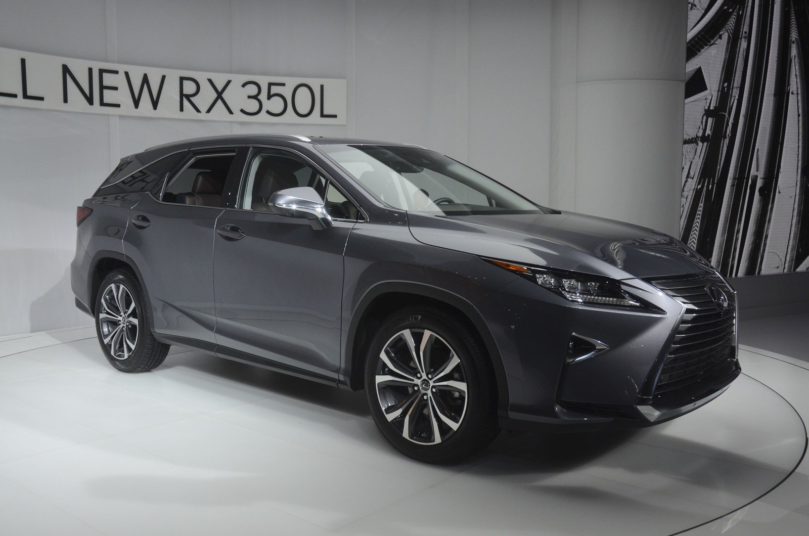 2018 Lexus RX L Offers Gas Only Or Hybrid Drivetrain