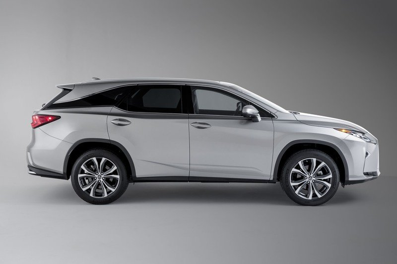 2018 Lexus RX L Offers Gas-Only or Hybrid Drivetrain; Updated Chassis