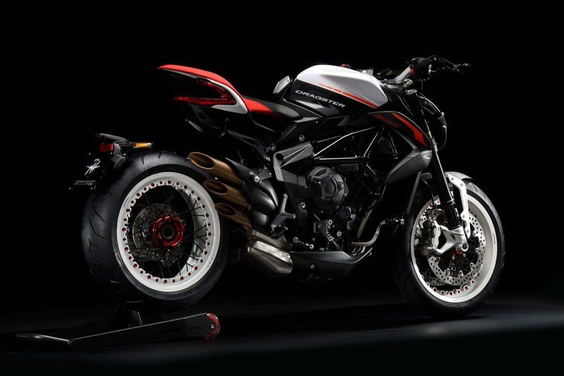 MV Agusta updates the Dragster 800 RR for 2018