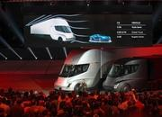 DHL Delivery Service Orders 10 Examples of the Tesla Semi - image 746087